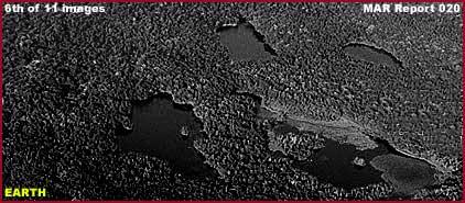 Mars : De bien étranges clichés... 06-020-compare-earth