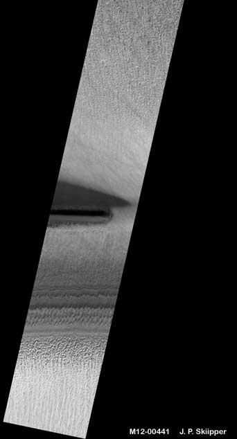 Mars : De bien étranges clichés... 2-buriedtube-16k-30jpeg