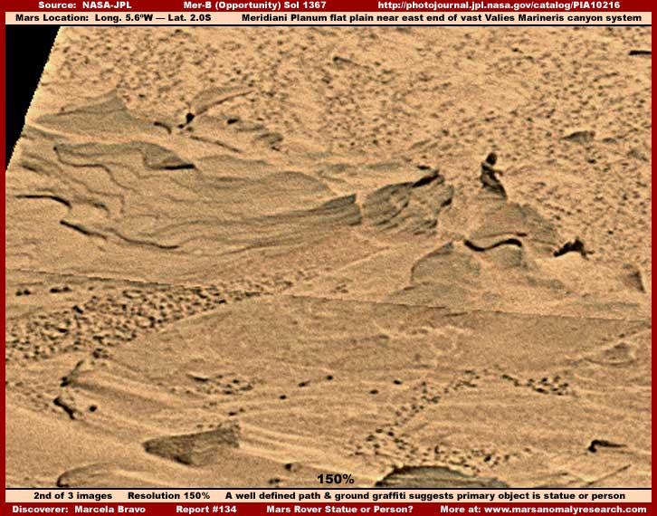 Mars : De bien étranges clichés... 2-134-statue-path-1.5x