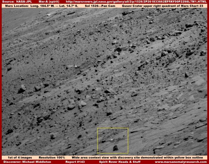 Mars : De bien étranges clichés... 1-143-wide-context-view
